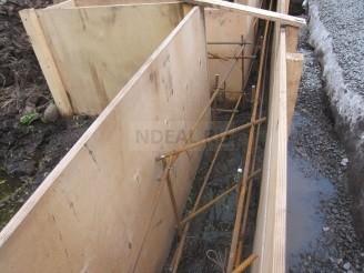 бетон армируется железным прутом