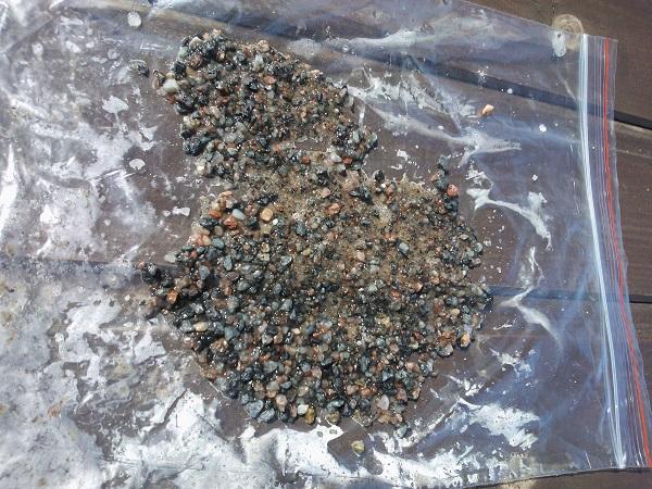 образец водо насыщенного песка