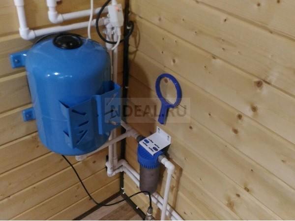 автономный водопровод из скважины
