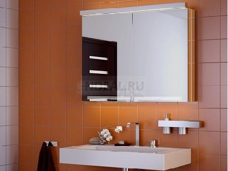 навесное зеркало в ванну
