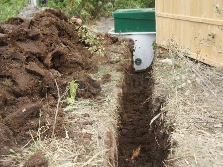 траншея к канализации